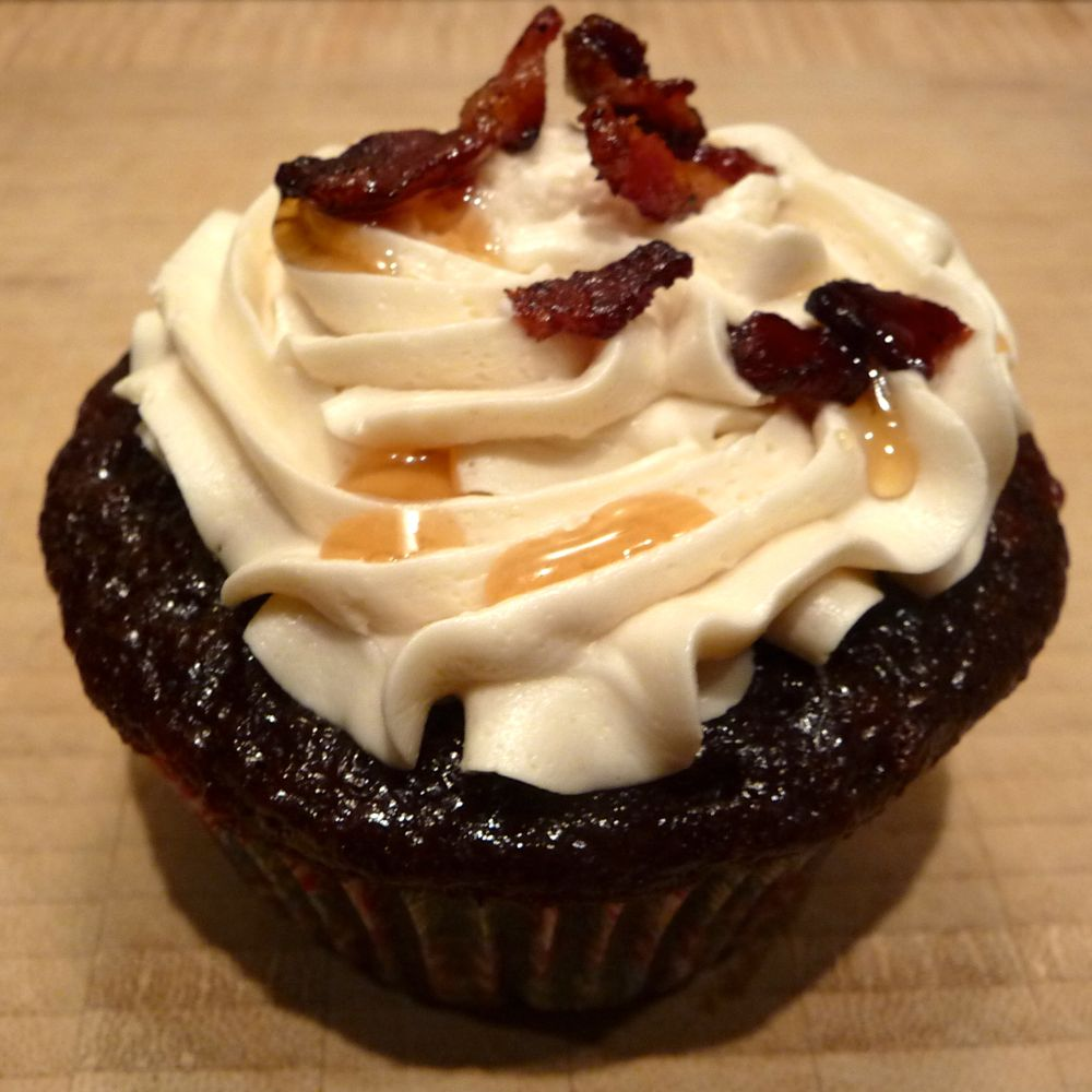 Chocolate Bacon Cupcakes with Maple Buttercream Frosting and Candied Bacon
