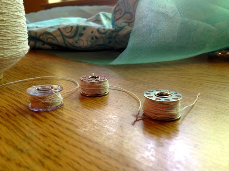 wind bobbins for smocking