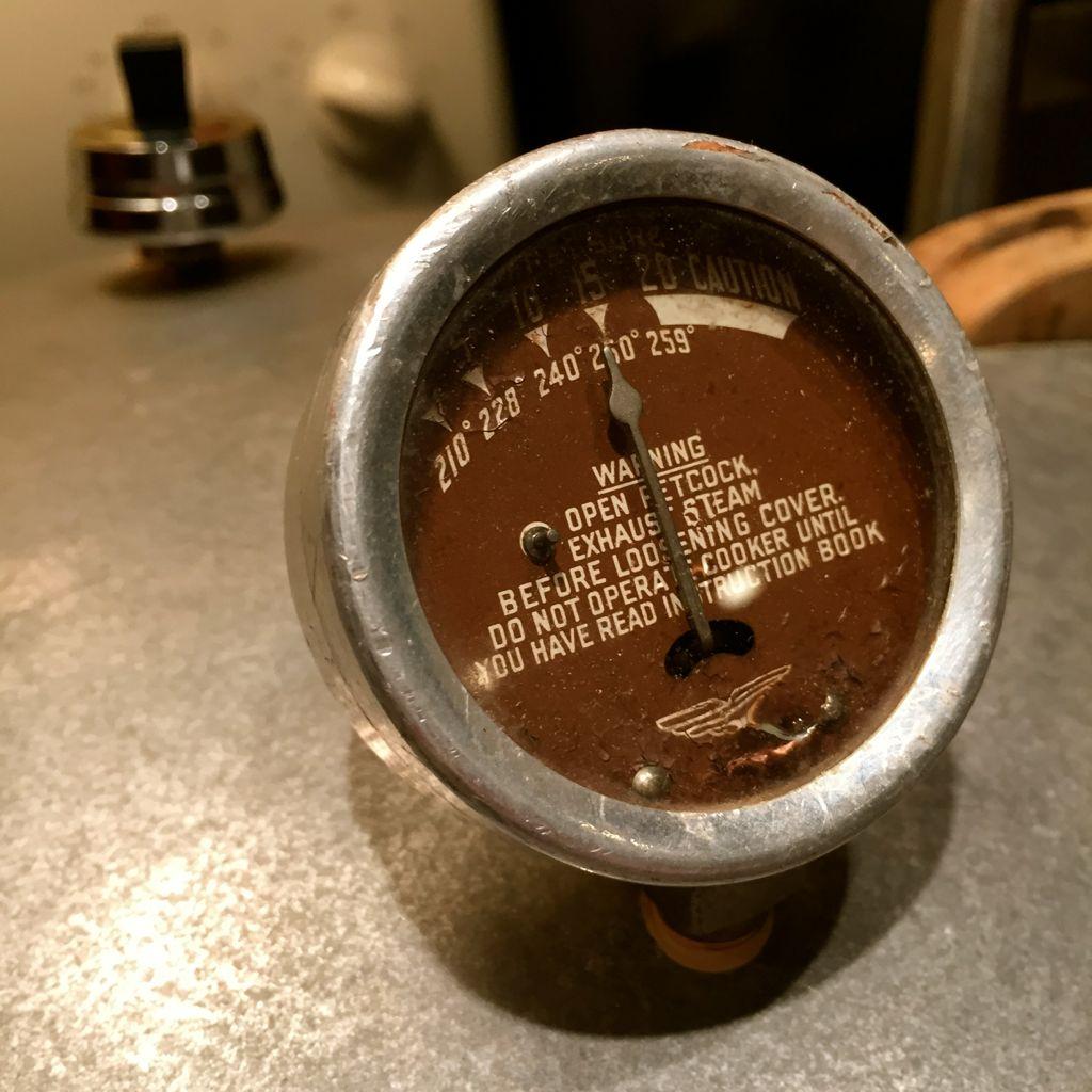pressure cooker dial gauge